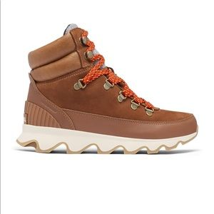 SOREL Kinetic Conquest. Never worn! Size 9.